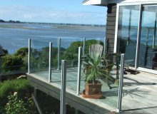 Semi Frameless Balustrade Vetro
