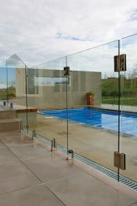Canterbury Balustrade | Frameless Pool Fences | Clamp Vice