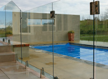 Frameless Pool Fence - Glass Vice Clamp