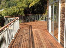 Aluminium Balustrade Timber Handrail