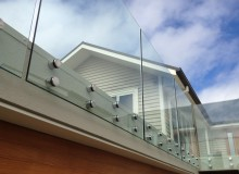 Canterbury Balustrade | Frameless Glass | Round Standoff