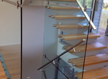 Canterbury Balustrade | Frameless Glass | Internal Exposed Tread & Glass Wall
